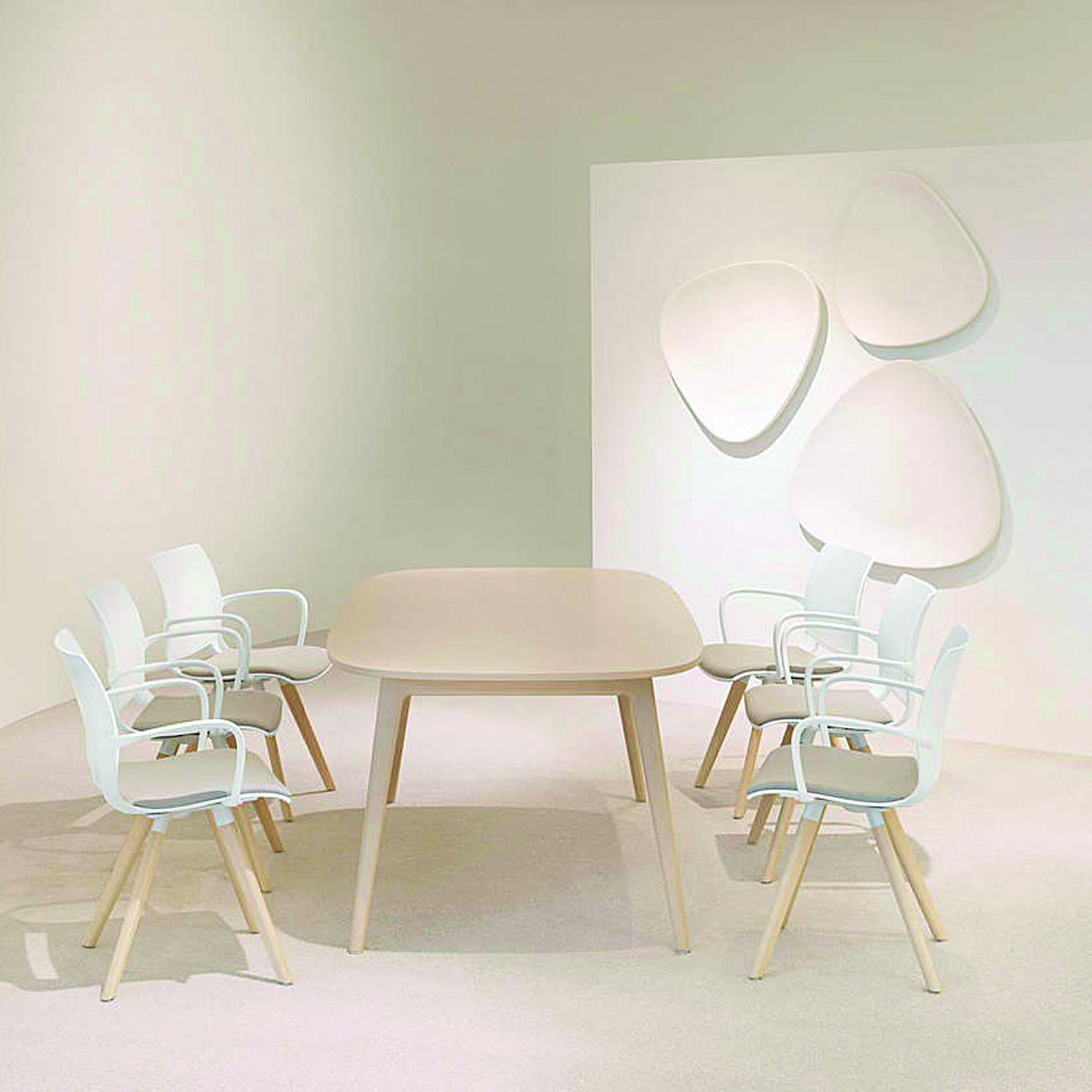 6100 San_Siro Dining Table