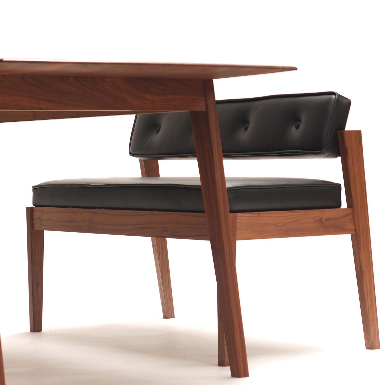 Acorn II Bench Seat