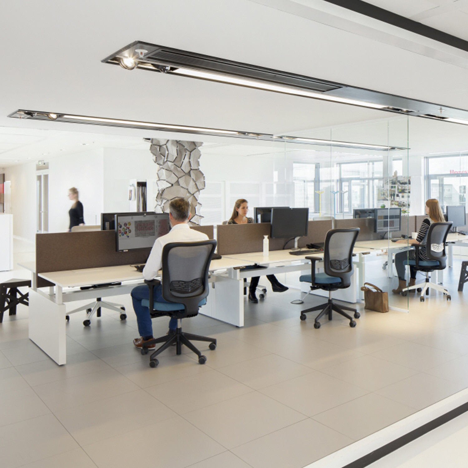 Ahrend balance desks balance adjustable height desks apres for Office design guidelines