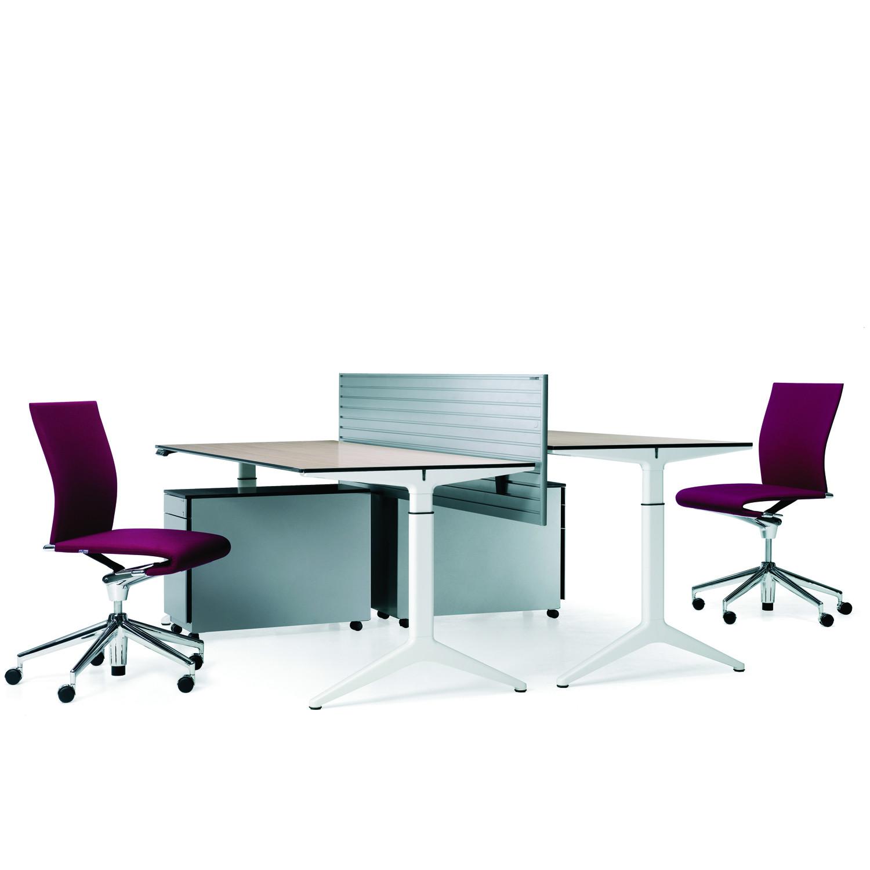 Ahrend 22 Desks