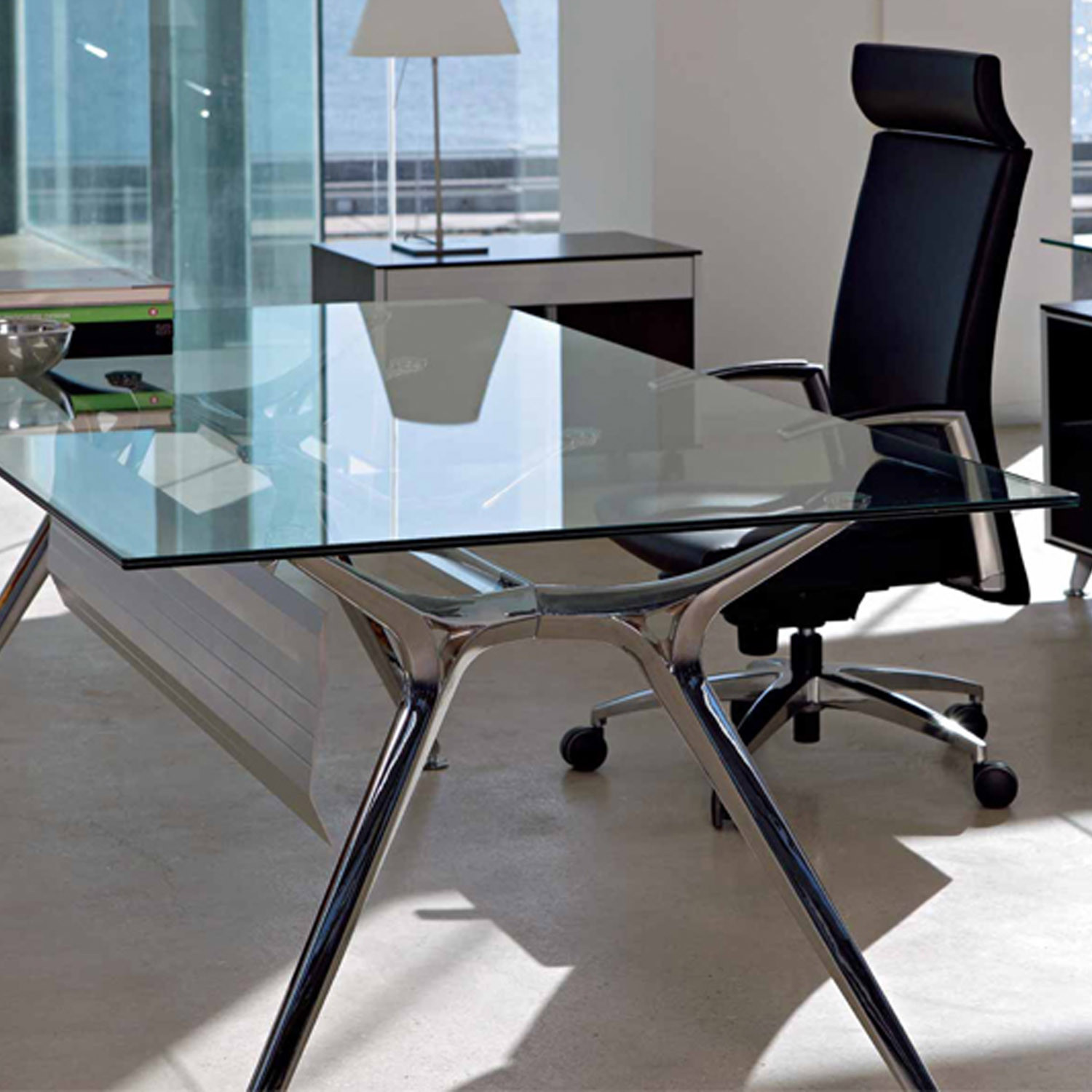 glass office desk modern glass office desk modern glass top desk for glass office tables. Black Bedroom Furniture Sets. Home Design Ideas