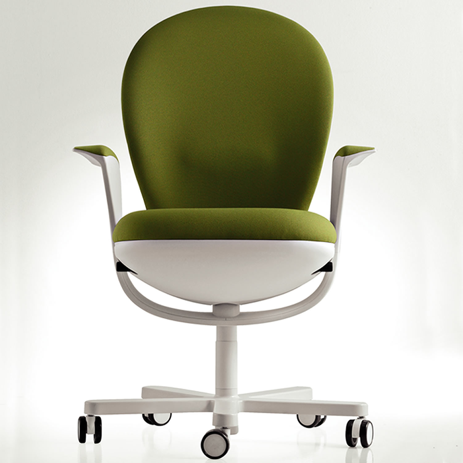 Bea Task Chair by Luxy