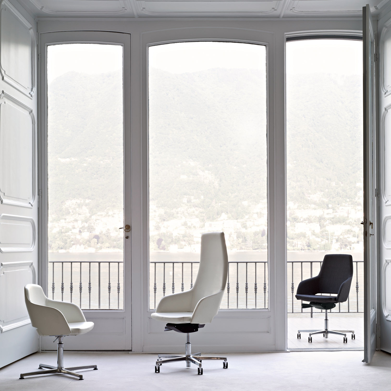 Sinetica Captain Design Chairs