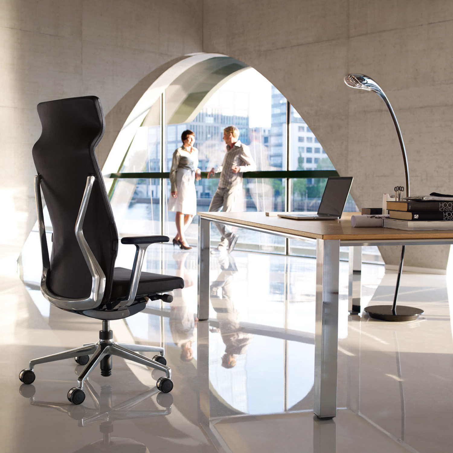Crossline Prime Management Office Chair