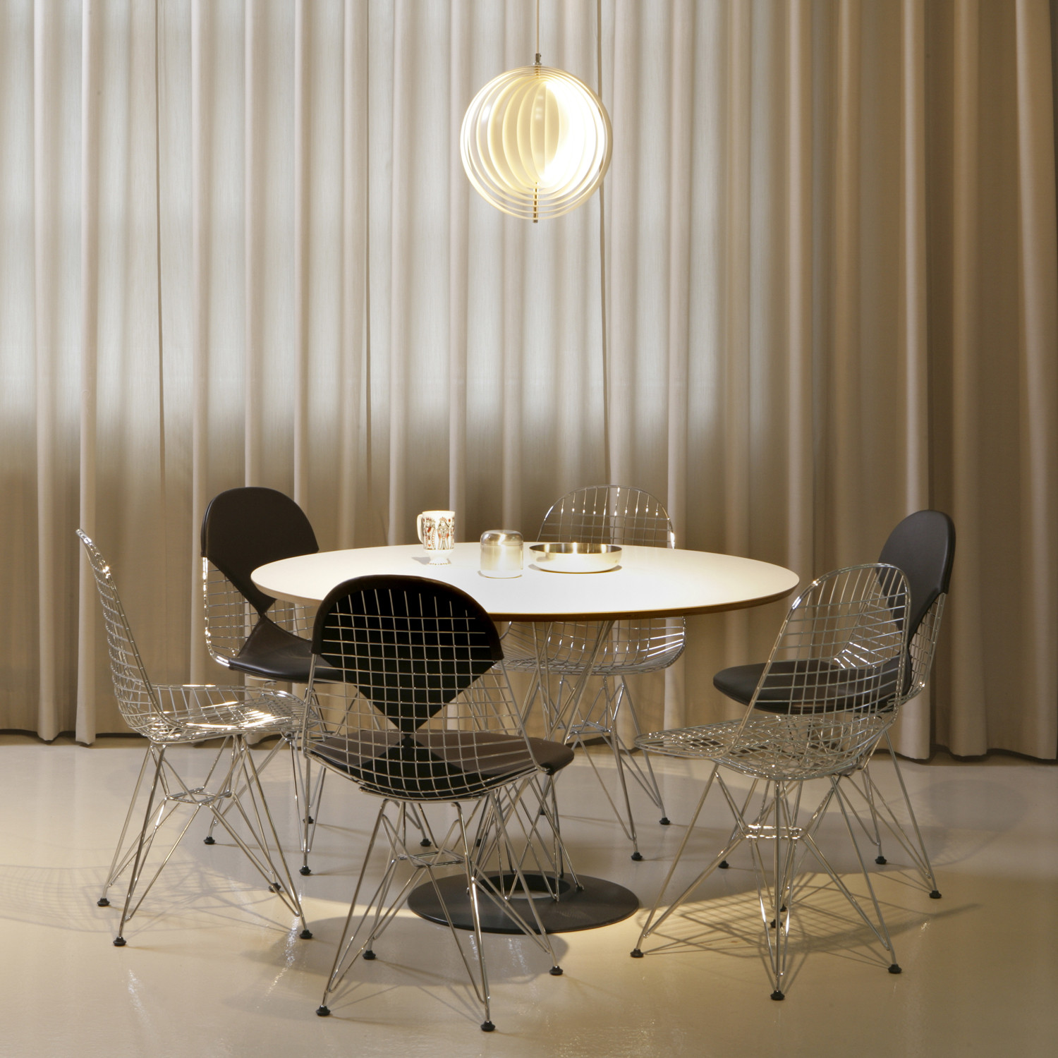 Wire Chairs DKR