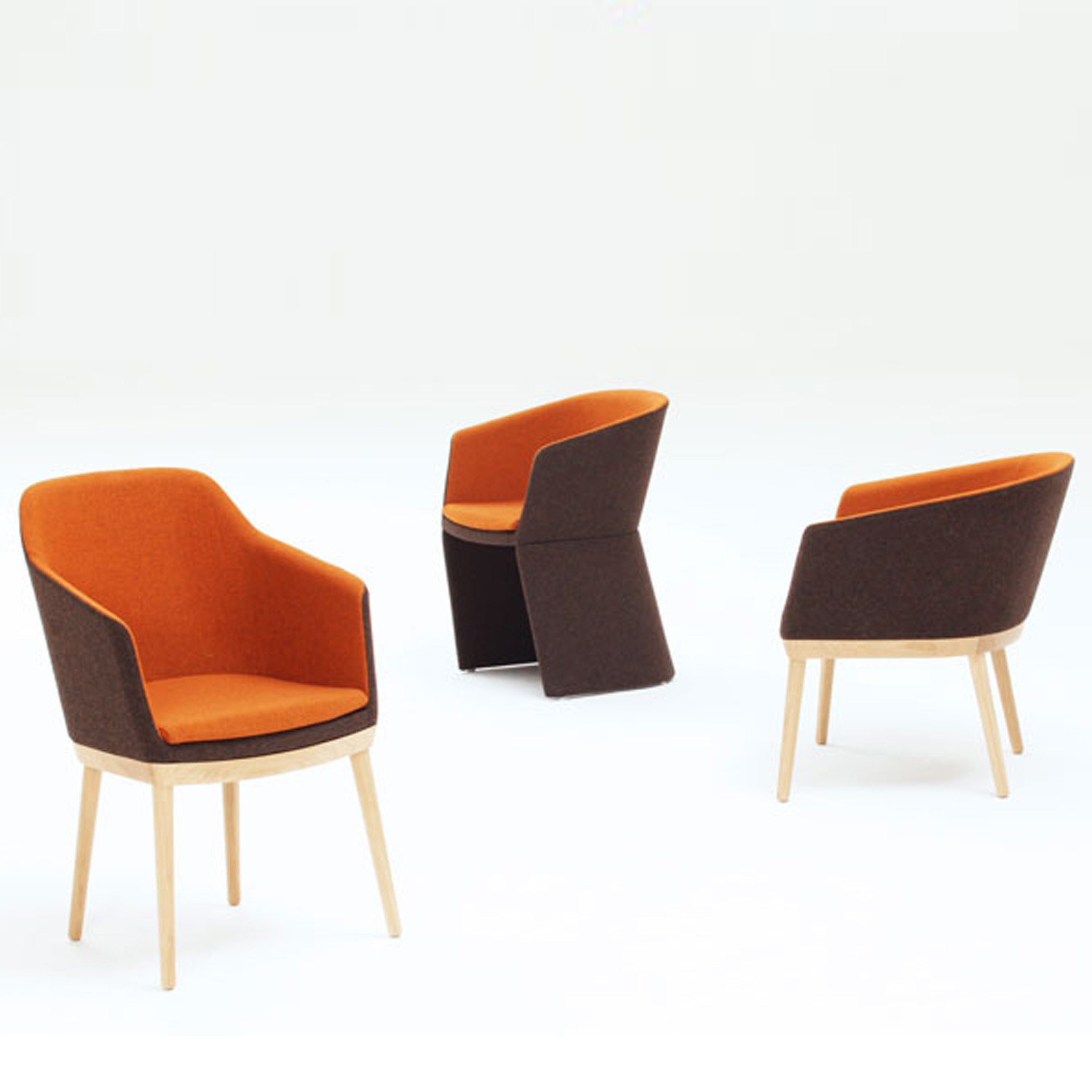 Drum Chairs in 3 Base Options