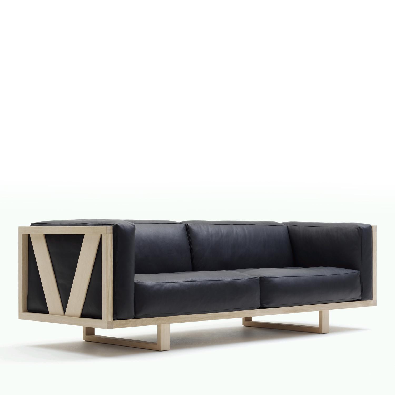 EJ 555 Frame Sofa