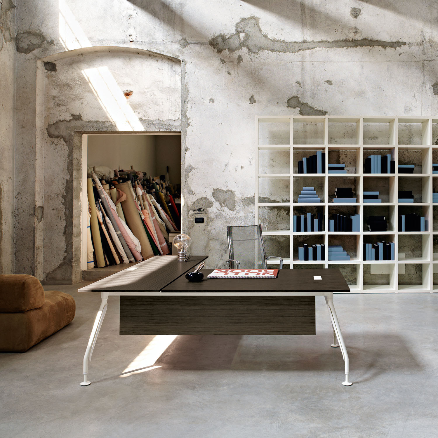 Glamour Management Desk with Modesty Panel