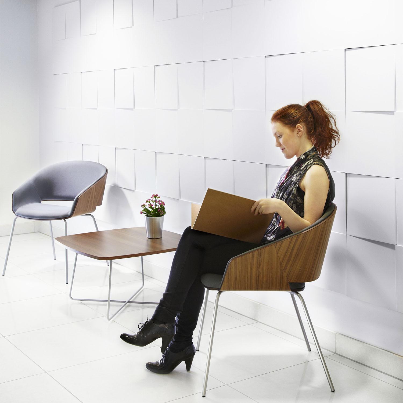 Halo Reception Chair