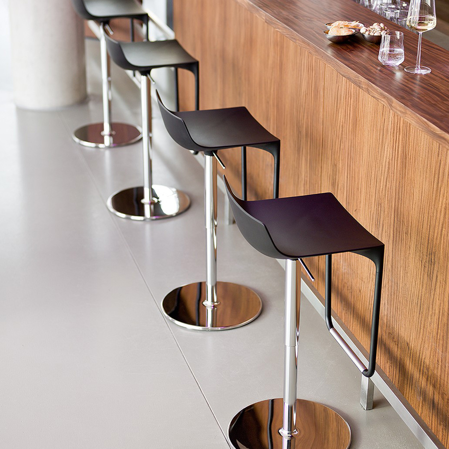 Macao Corporate Bar Stool