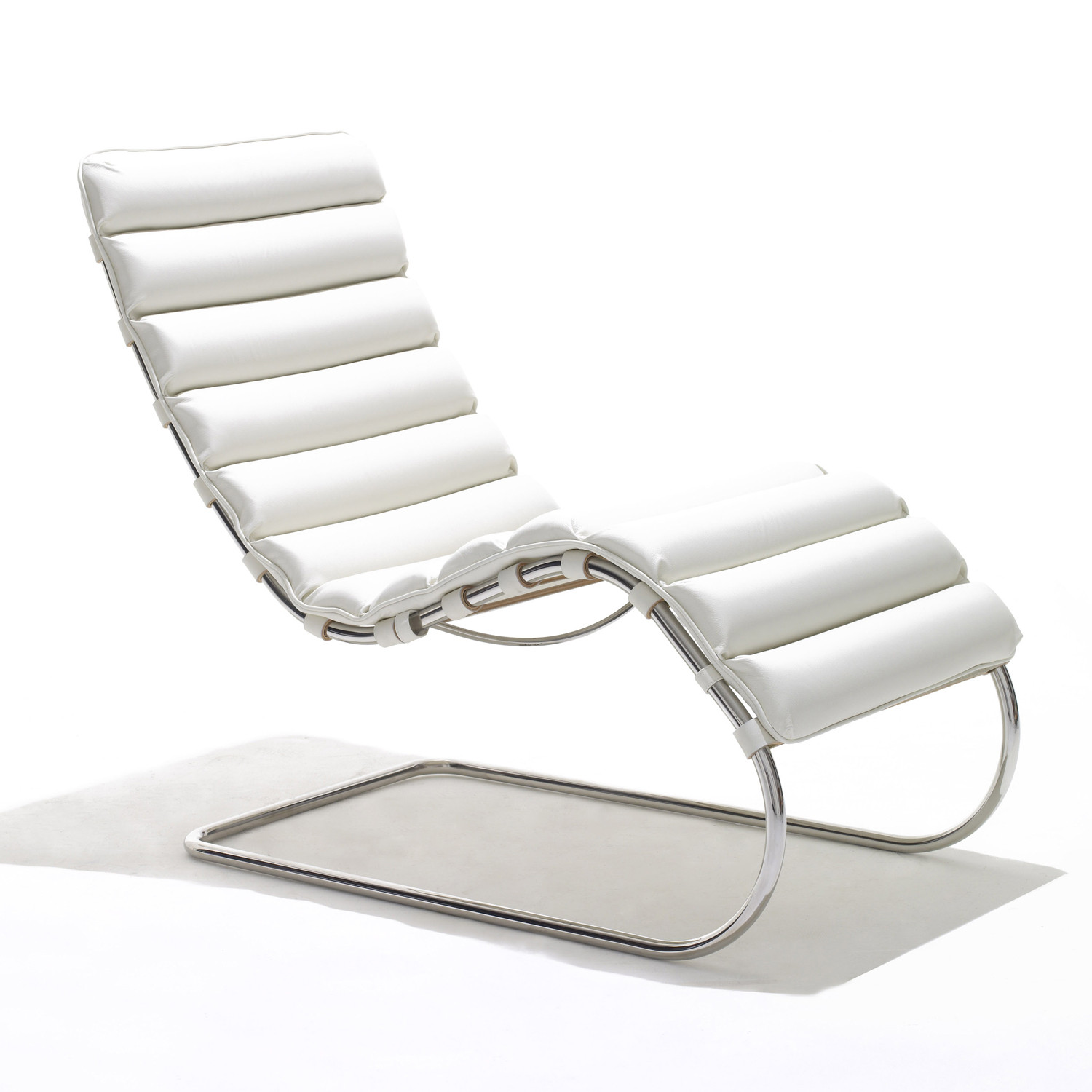 Mr Chaise Longue by Knoll