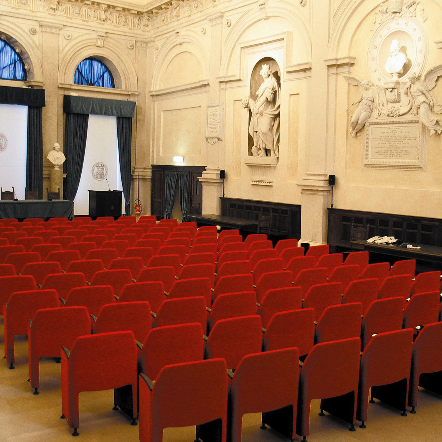 Pappilon Conference Seating