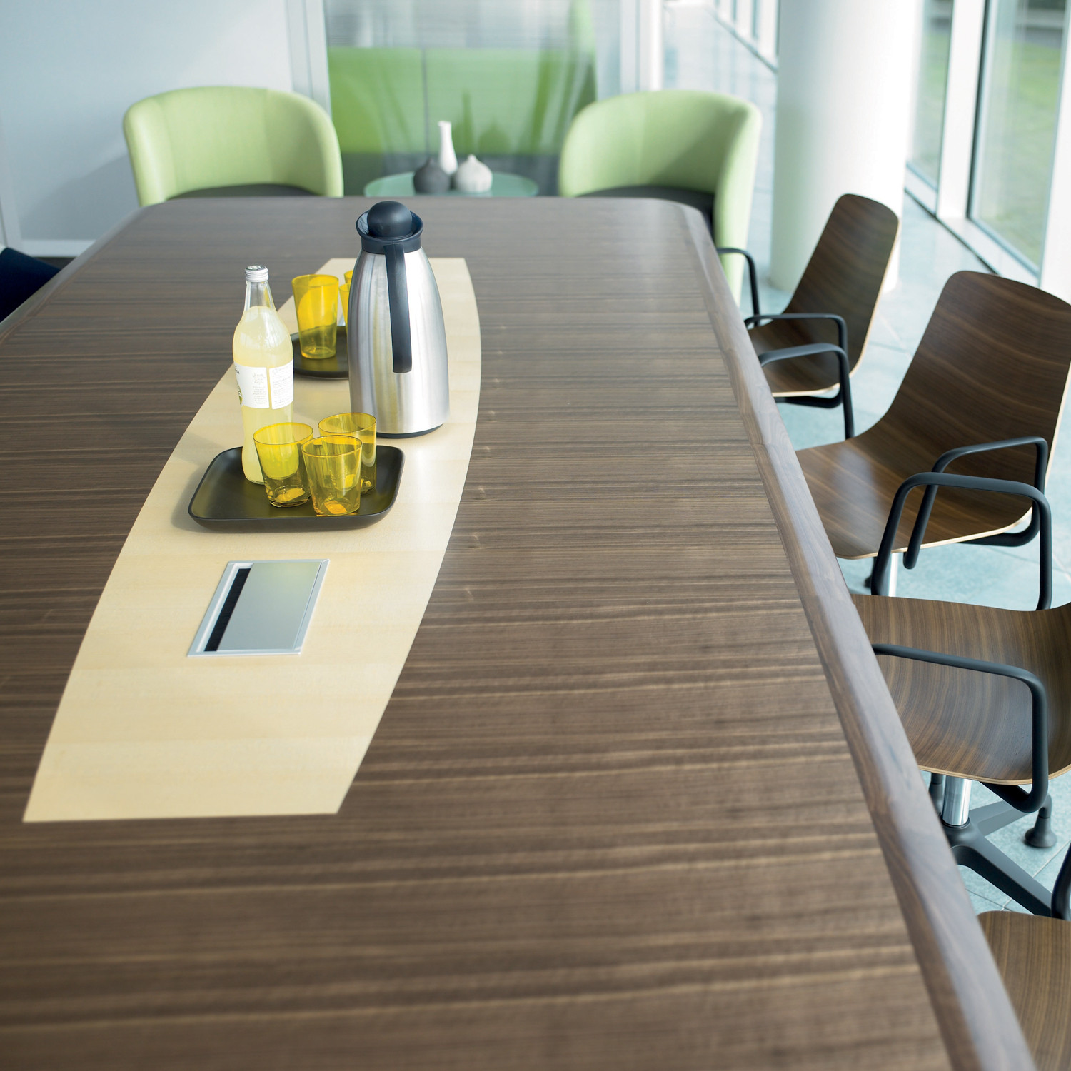 Pars Meeting Table
