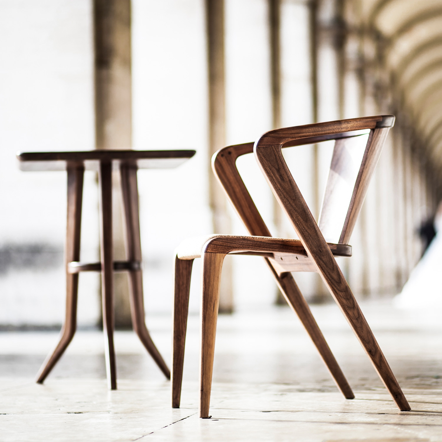 Roots armchair eco friendly dining armchairs apres for Designklassiker mobel