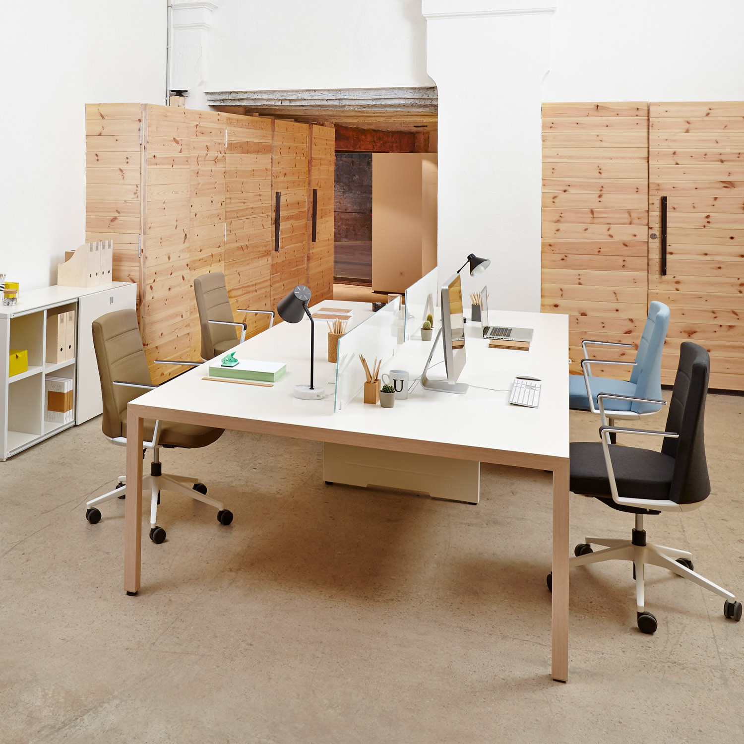 Prisma Bench Desks