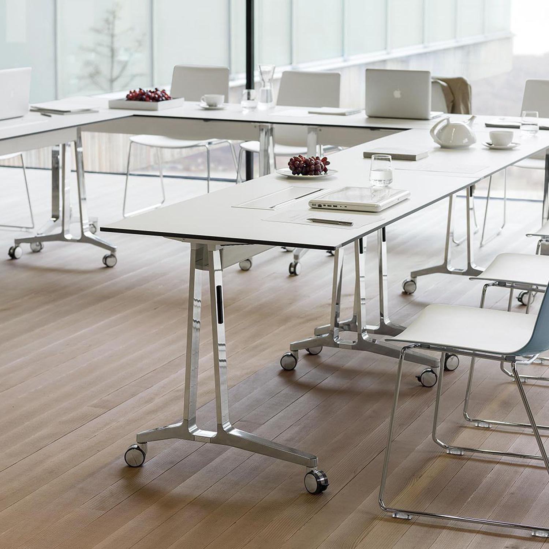 Wiesner Hager Skill Seminar Table