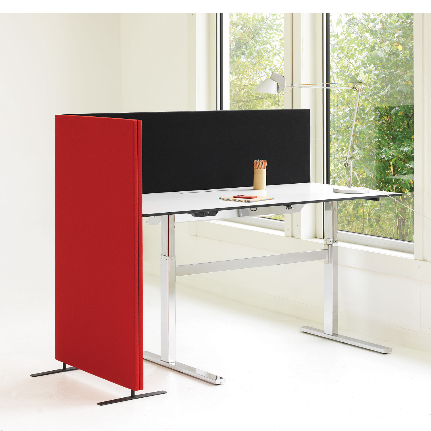 Soneo Floor and Desk Screens