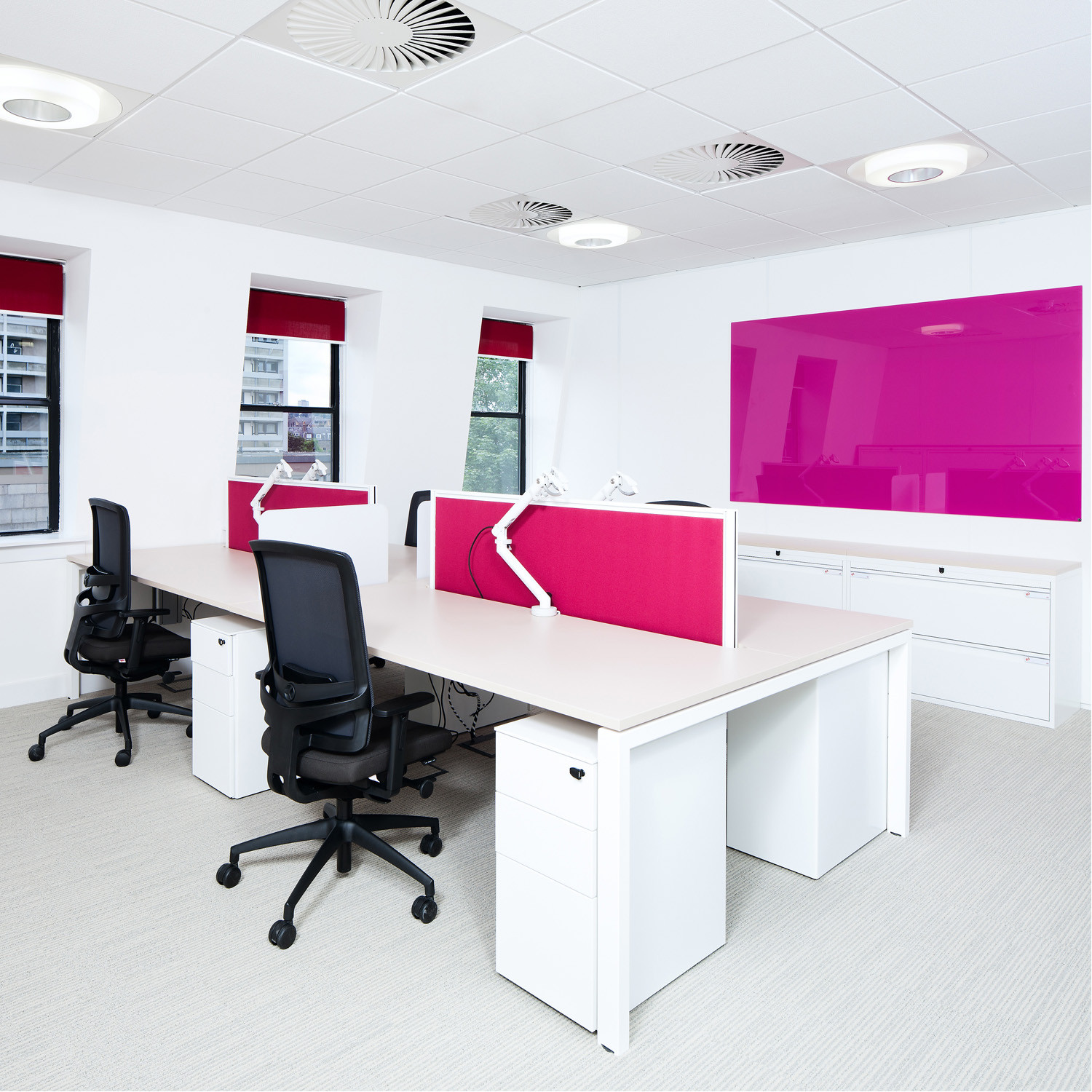 Unite SE Office Desks