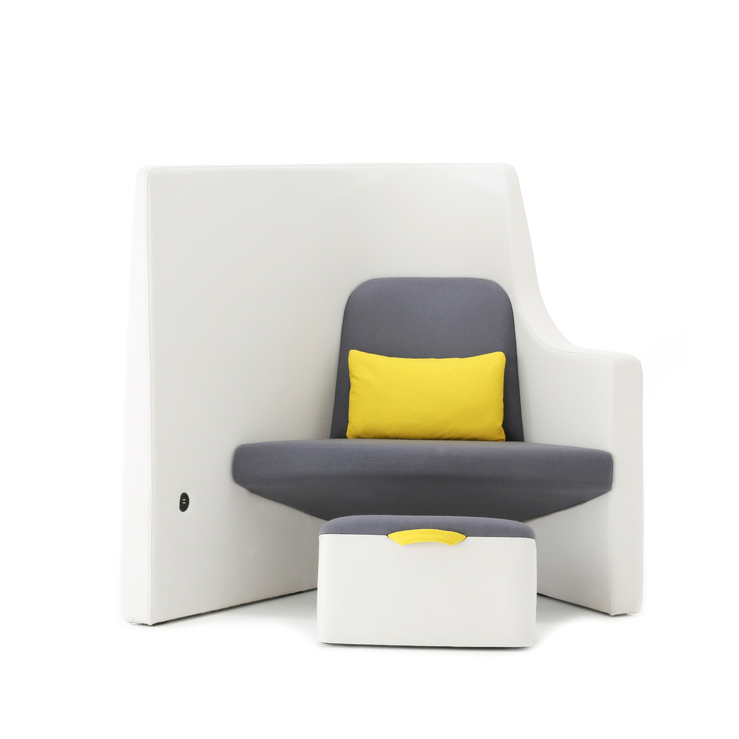 Vee Chair
