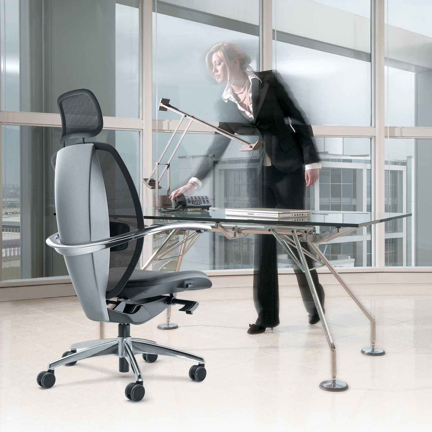 Xten Office Chair designed by Paolo Pininfarina
