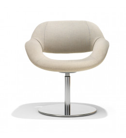 8200 Volpe Armchair with round base plate