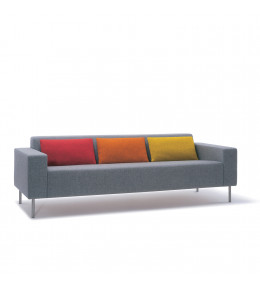 Hm18q2 Three-Seat Sofa