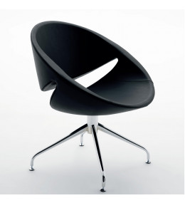 Mya Chair with 4-Star base with glides