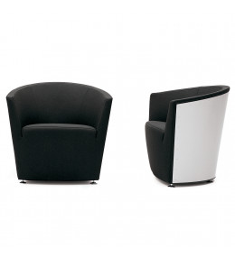 Parentesi Armchair