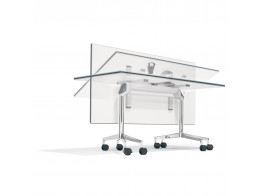 9000 Roll 'n' Meet Table Folding System