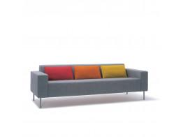 Hm18q2 Three-Seat Sofa