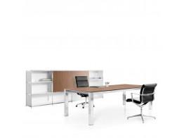 P80 Manager Desk