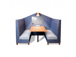 Wunderwall-Engage Booth System in Blue