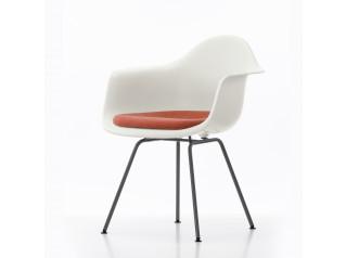 DAX Plastic Armchair