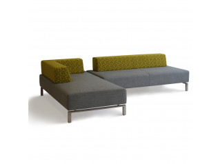 HM93 Sofa