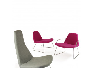 HM59 Lounge Chairs