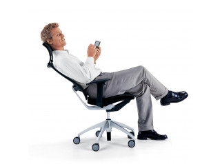 Open Up Task Chair