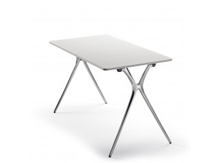 Plek Folding Tables