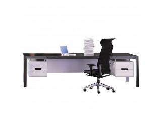 Quo Vadis Executive Desk