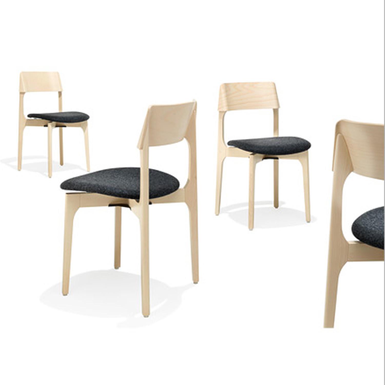 1010 Bina Breakout Chairs