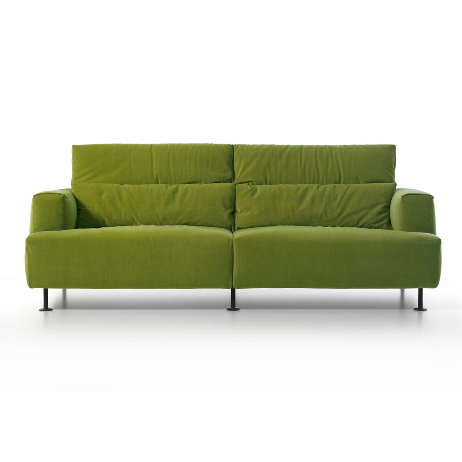 190 Aire Sofa Front with Headrest Extended