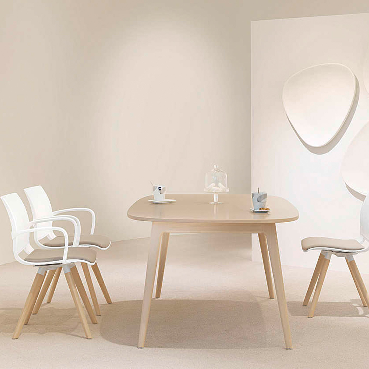 2080 Uni_Verso Dining Chairs