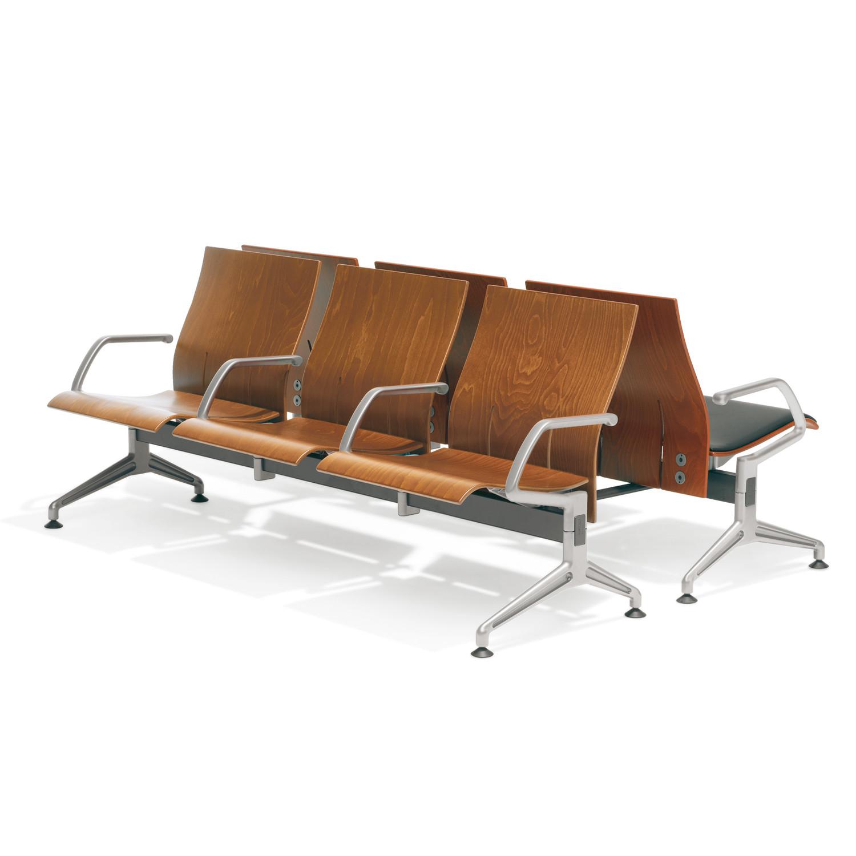 7000 Terminal Seating made of beech