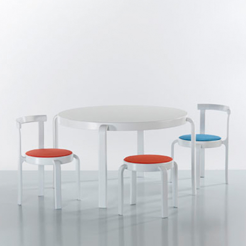 8000 Series Table by Magnus Olesen