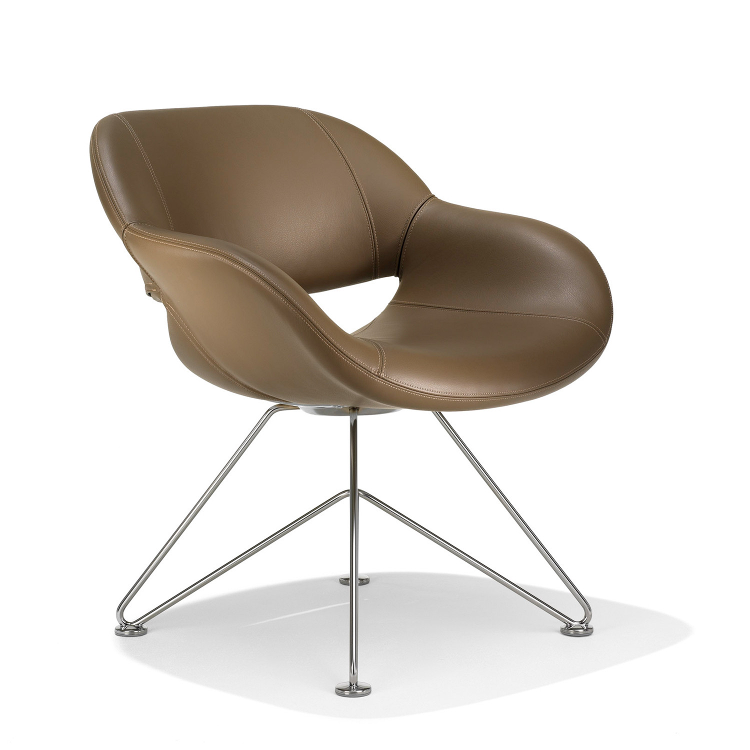 8200 Volpe Armchair with wired base