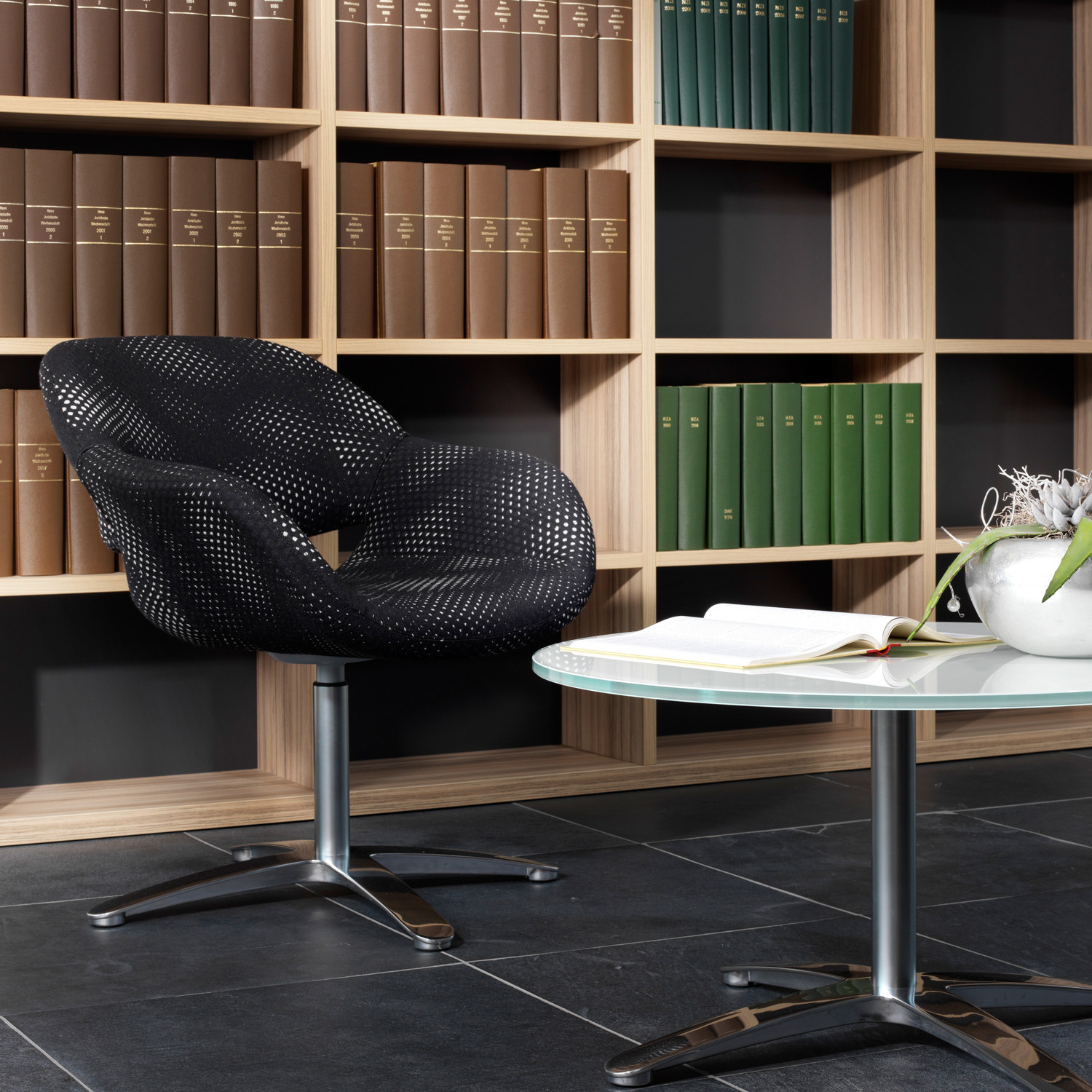 8200 Volpe Armchair and Volpe Coffee Table