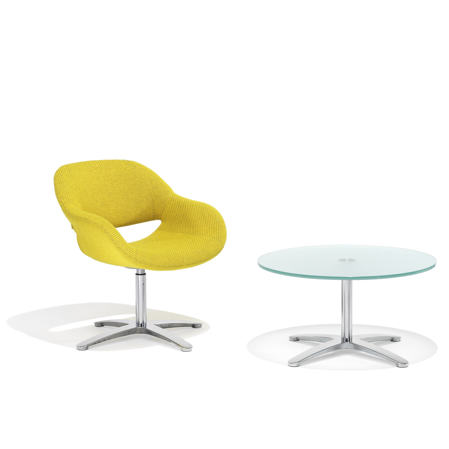 8200 Volpe Table with 8200 Reception Armchair
