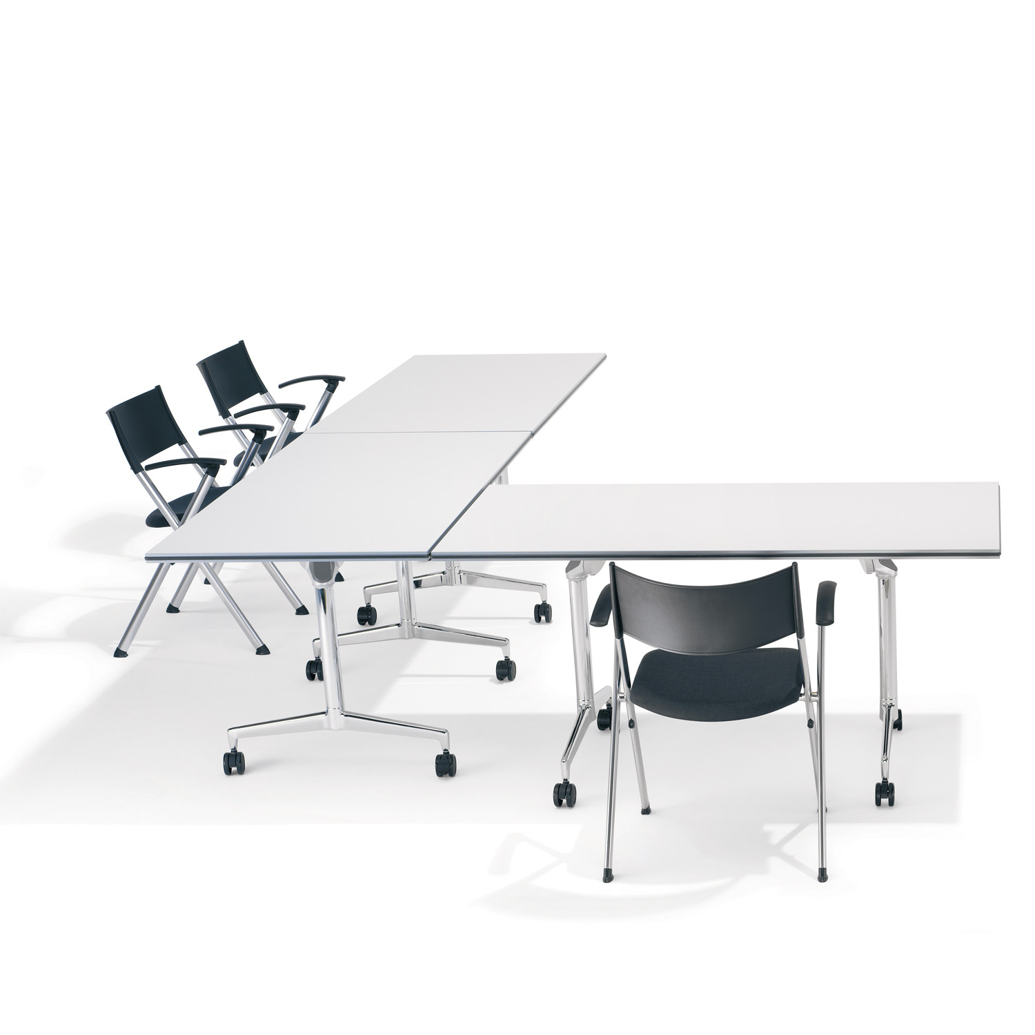 9000 Roll 'n' Meet Tables are suitable for Training Rooms