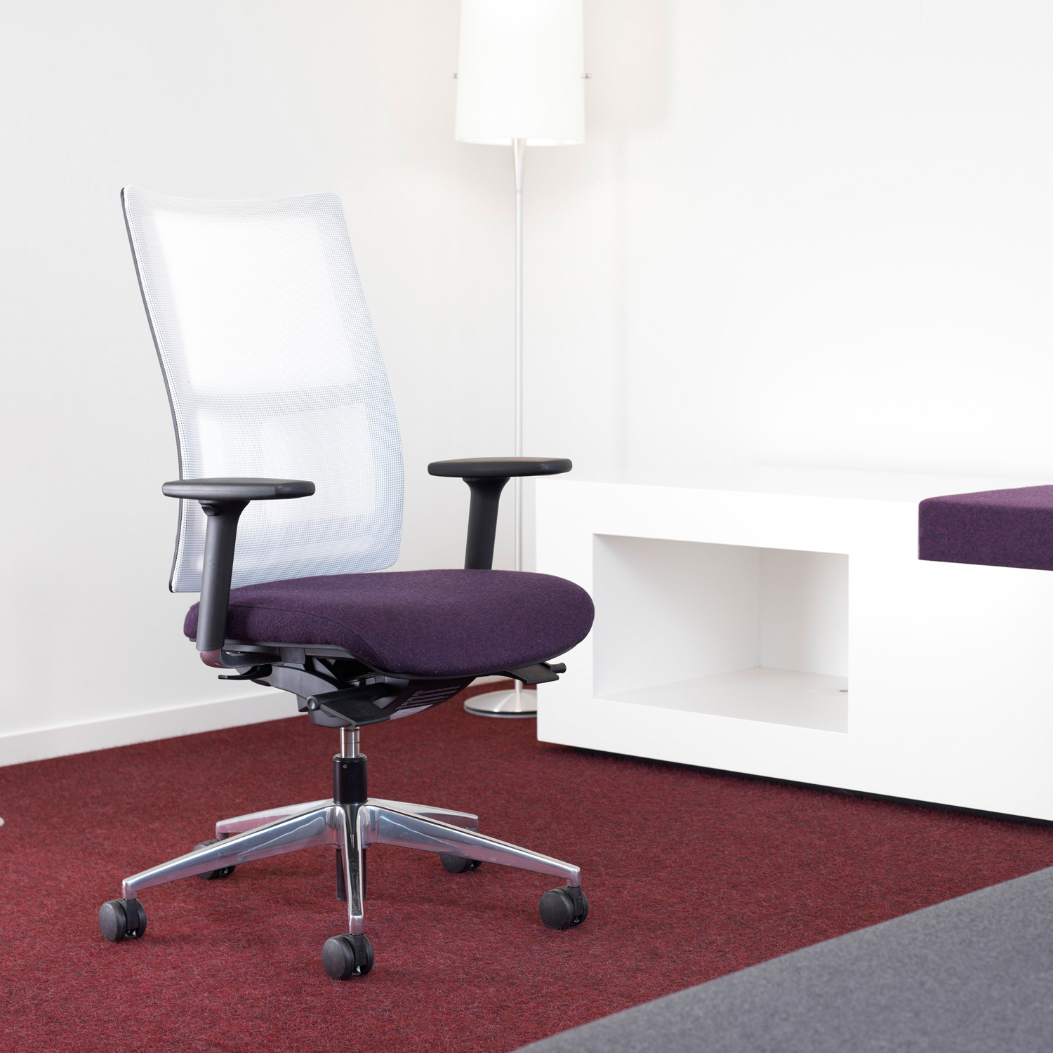9200 Papilio Swivel Chair by Kusch+Co