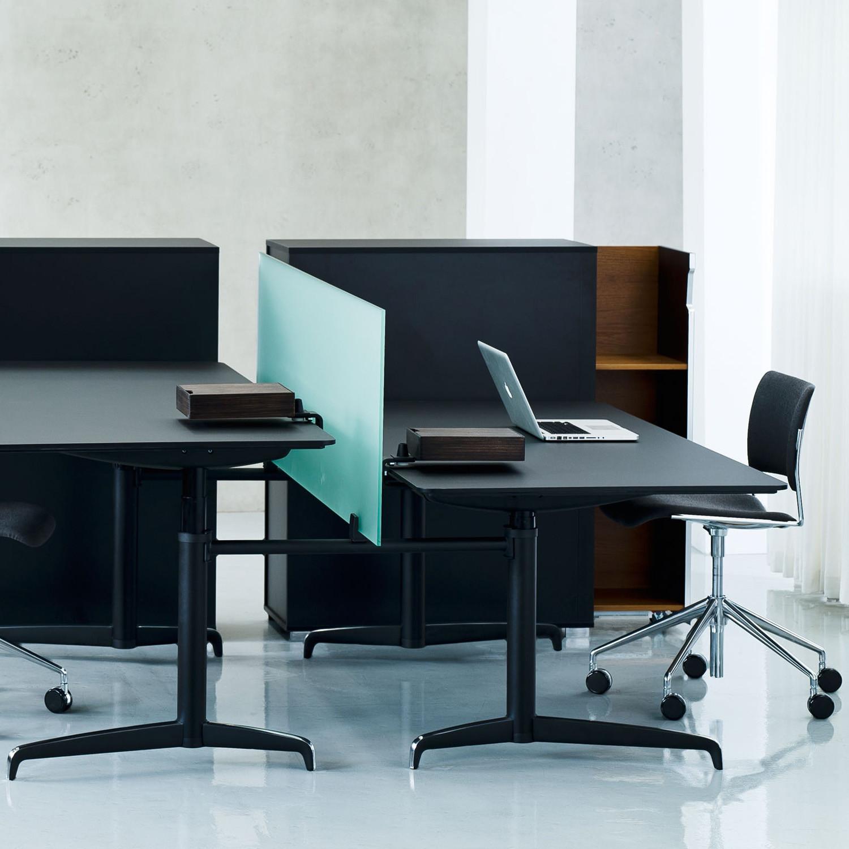 Genese SitStand Desks