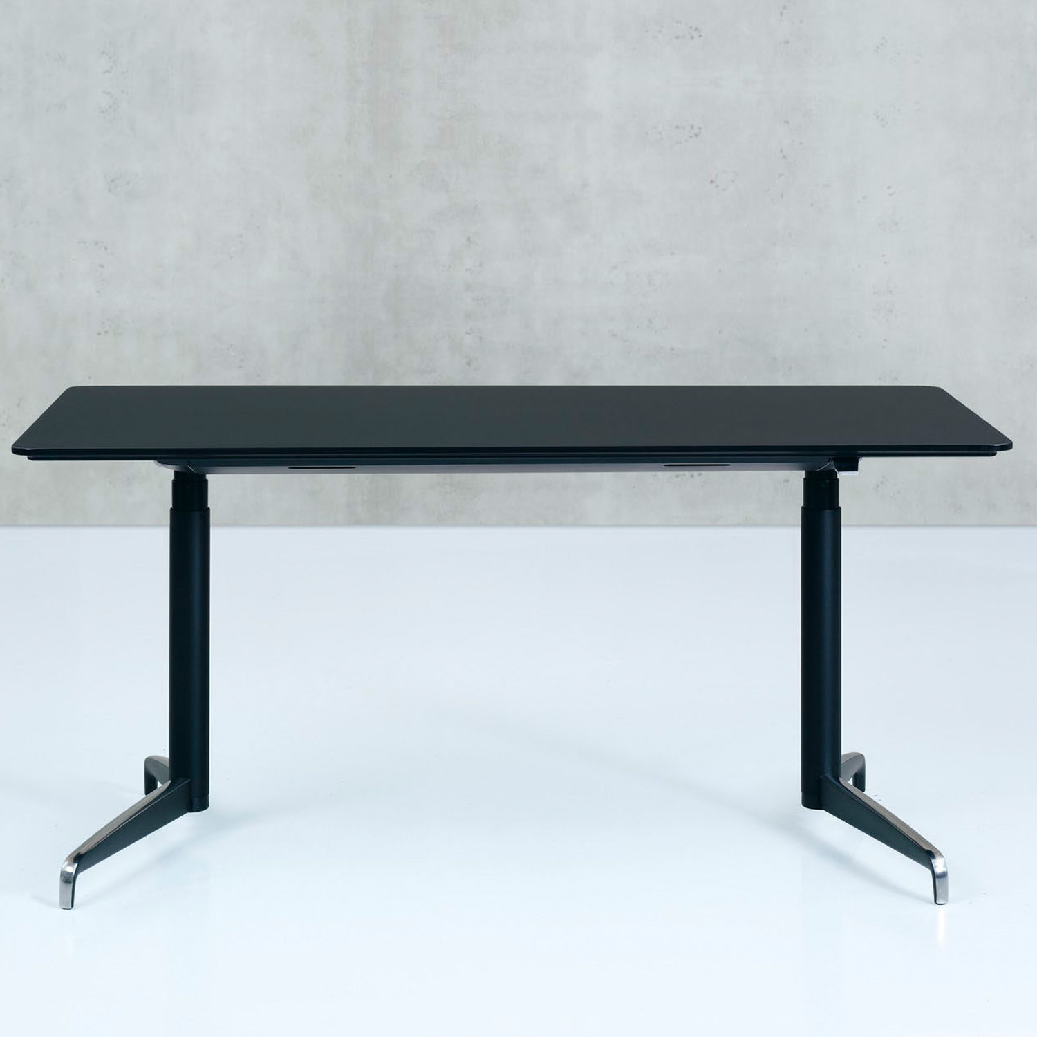 Genese Height Adjustable Desk